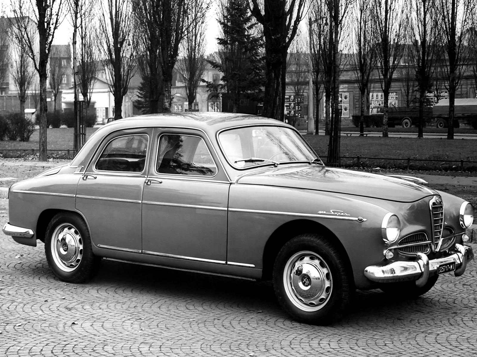 Alfa 1900, bilen som ledde nytändningen och utvecklingen mot folkligare bilar efter andra världskriget.