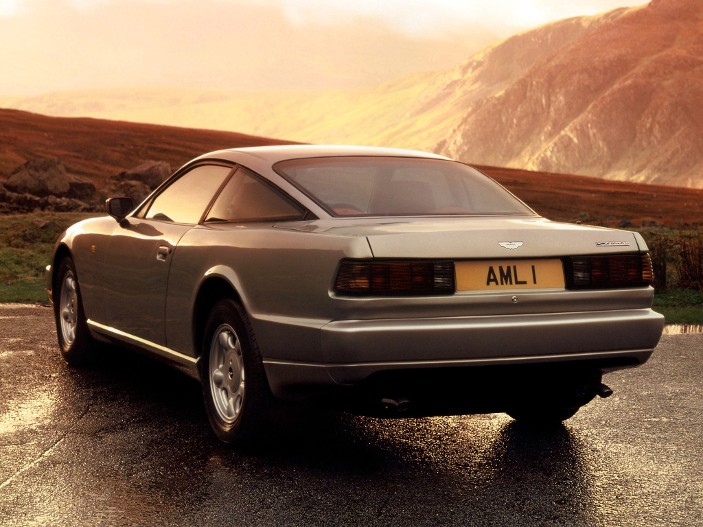 aston_martin_virage_22