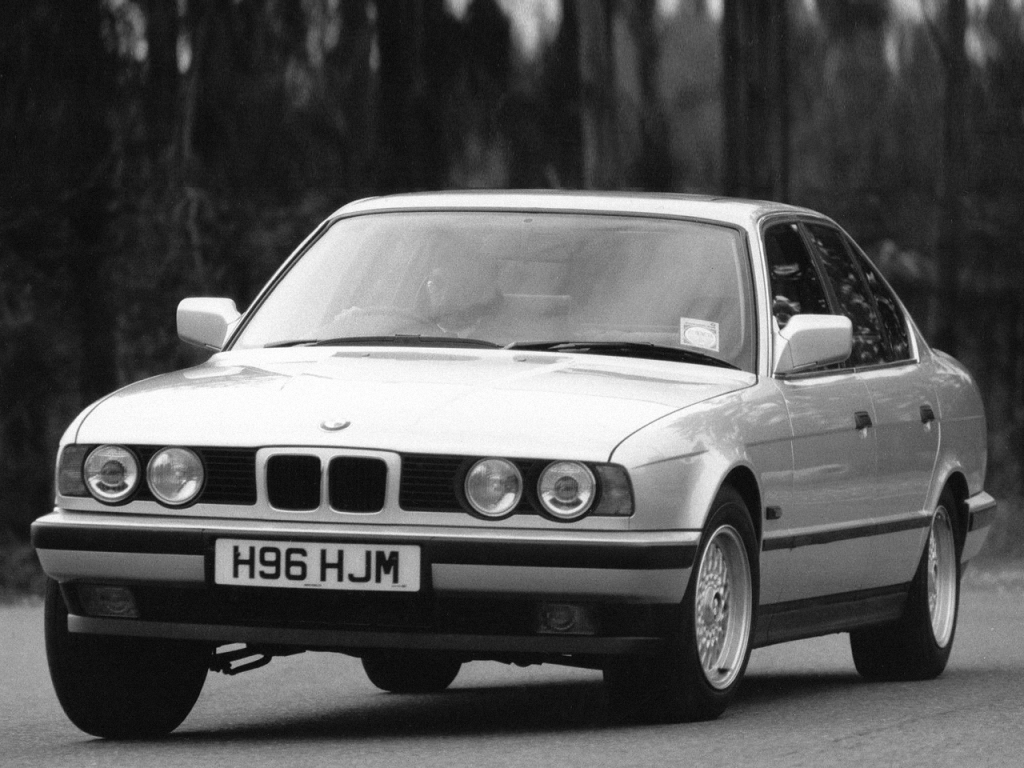 bmw_5_series_sedan_uk-spec_1