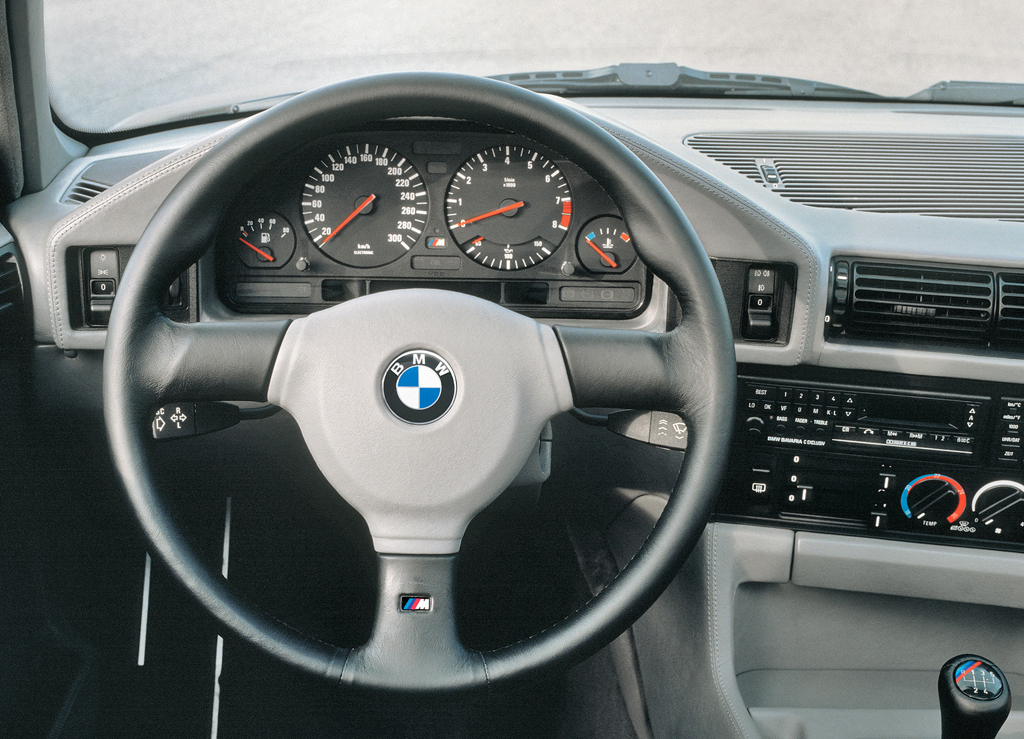 BMW_M5_(E34) interi+Âr