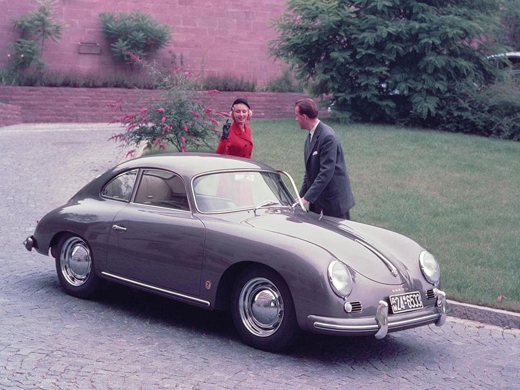 Den första Porschen, typ 356 kom 1948 och ersattes först 1963 av den modernare och lyxigare 911. Här en 356 A som kom 1955.