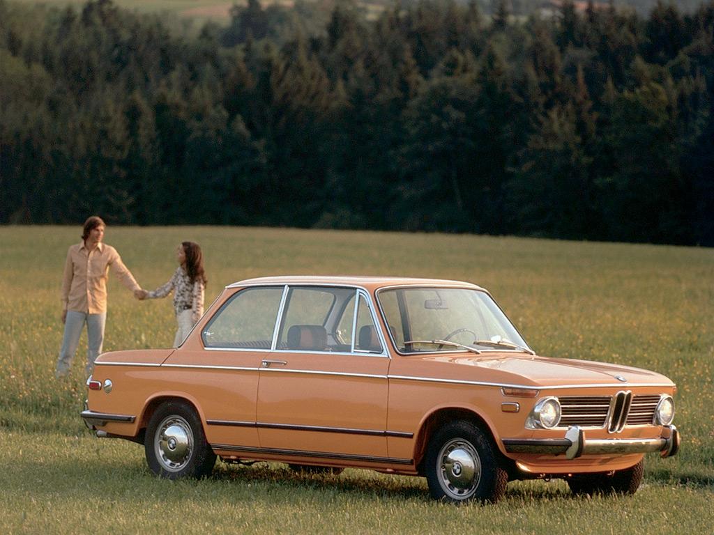 3-seriens föregångare, den underbart kompakta, lätta och pigga 02-serien från 1966. Den ska stå som andlig förebild också till en ny 3-serie!