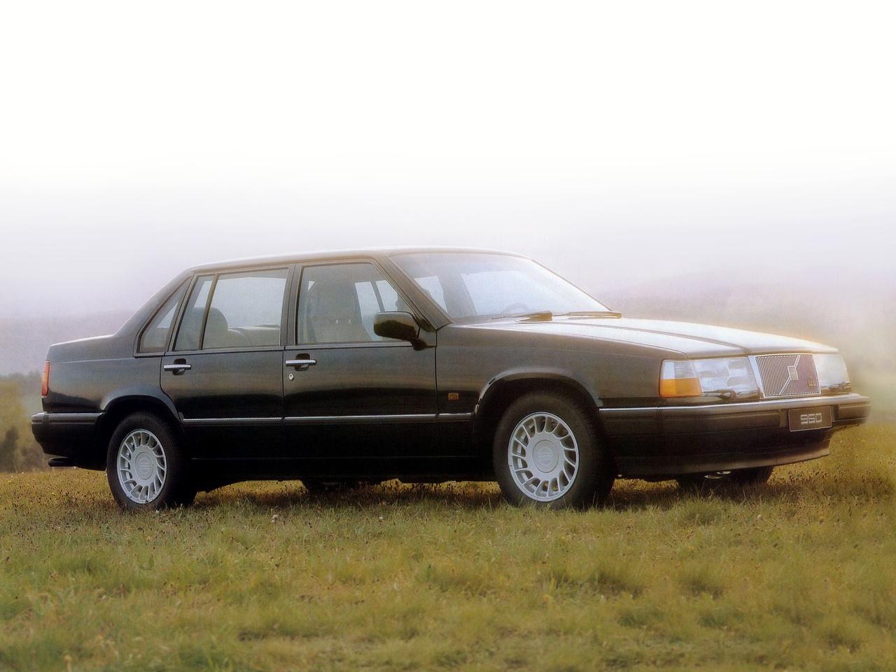 Volvo 700 Serie Ratvinklig Folkhemsfavorit Fyller 35 Vansterfilen