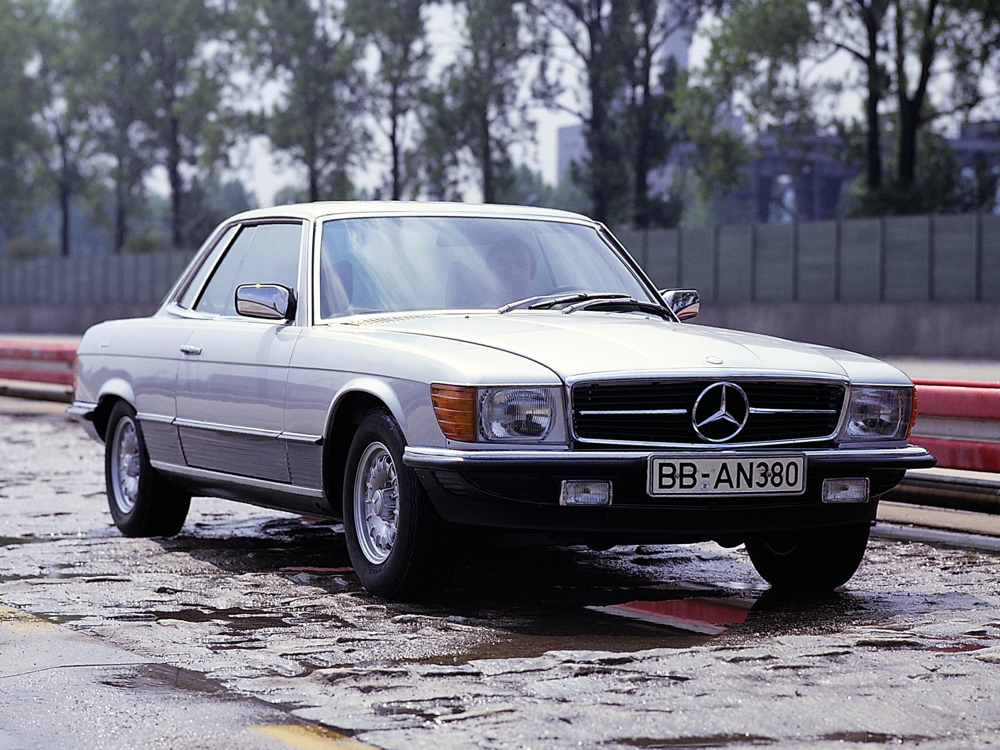 mercedes-benz_450_slc_5.0_2