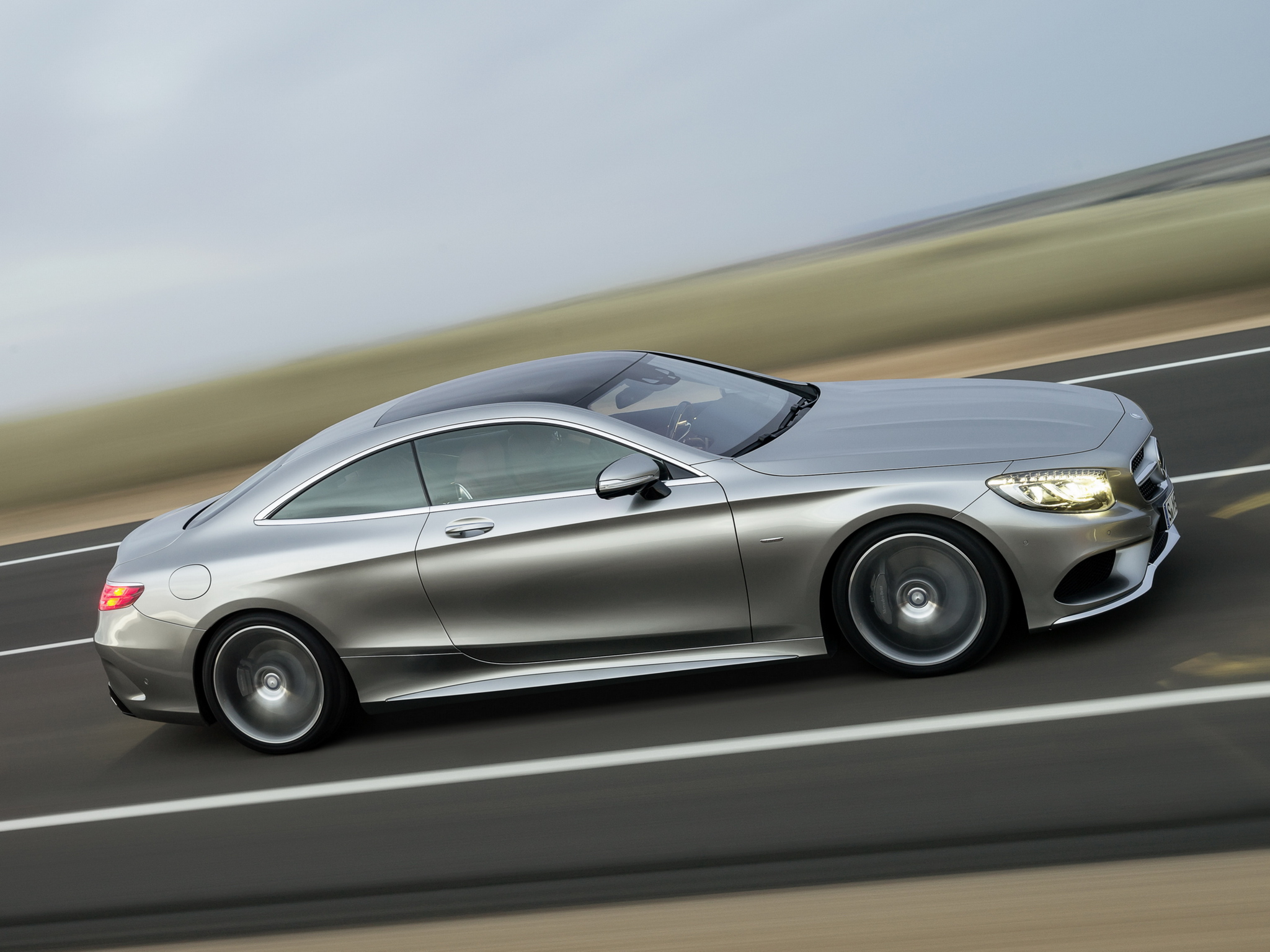 mercedes-benz_s_500_coupe_4matic_amg_sports_package_edition_1_18