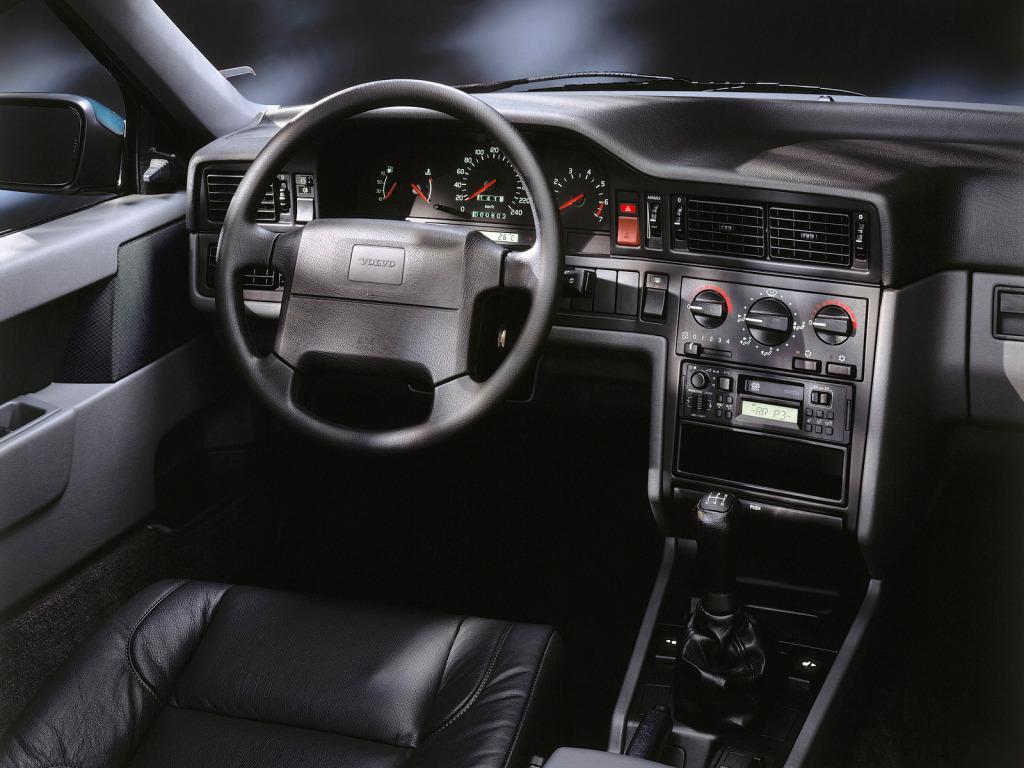 Volvo 850 1991 interior
