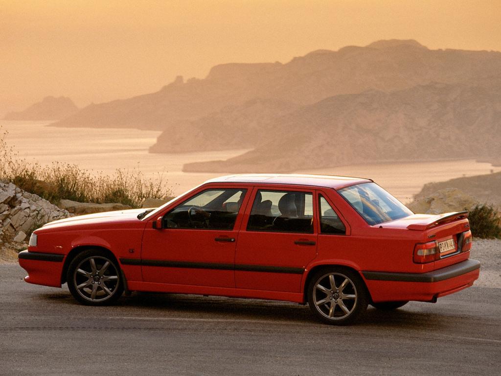 850 i sin yttersta specialversion - 850 R från 1996. 250 hk, 250 km/h.