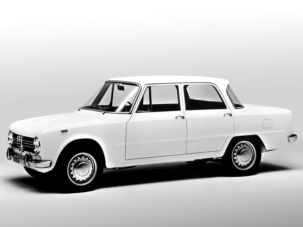 Alfa Giulia med premiär 1962. Den representerade det moderna Alfa Romeo med moderiktig form och masstillverkning på löpande band.
