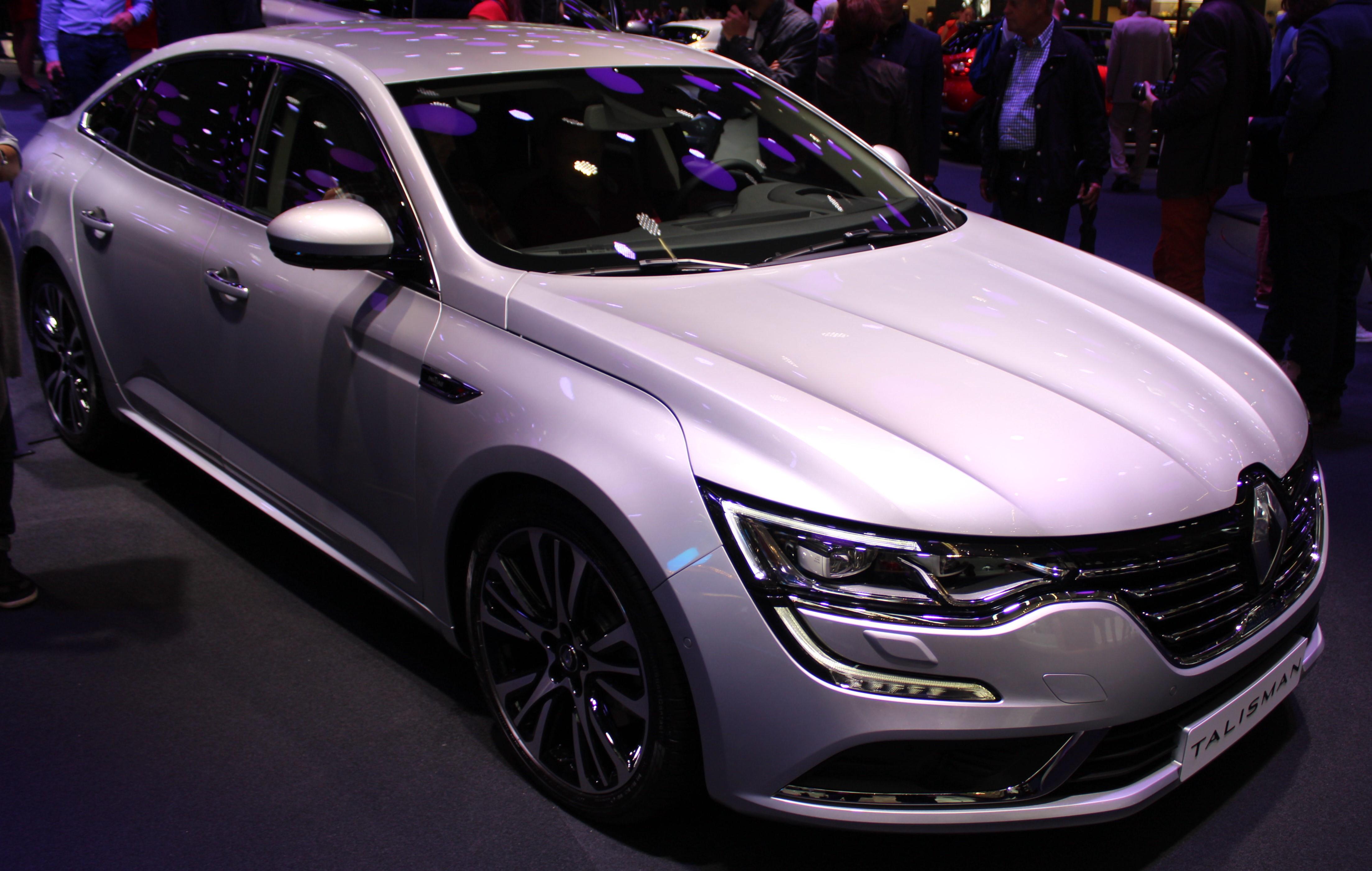 Välformade mellanklassaren Talisman ser ut att bli ett lyft för krisdrabbade Renault. Bensin- och dieselfyror över hela linjen. Dubbelkopplingslåda är standard i vissa versioner. Upp till 200 hk. Inga sexor erbjuds som modet idag föreskriver.