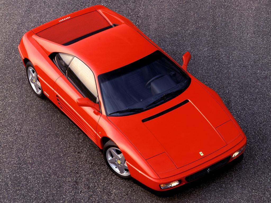 """Total harmoni i proportioner och stringenta detaljer ger en elegant helhet hos missförstådda Ferrari 348. Här en """"tb"""" med täckt kaross."""