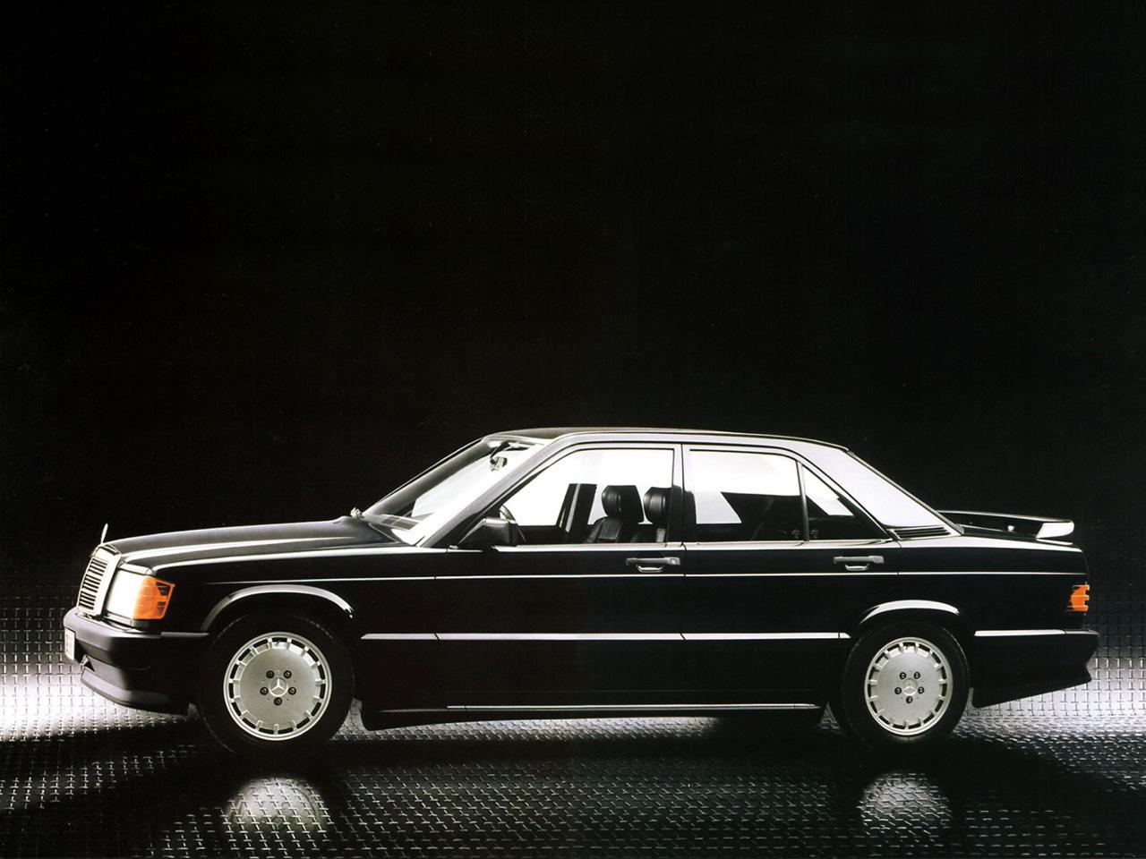 Mercedes 190 E 2.3-16 (2)
