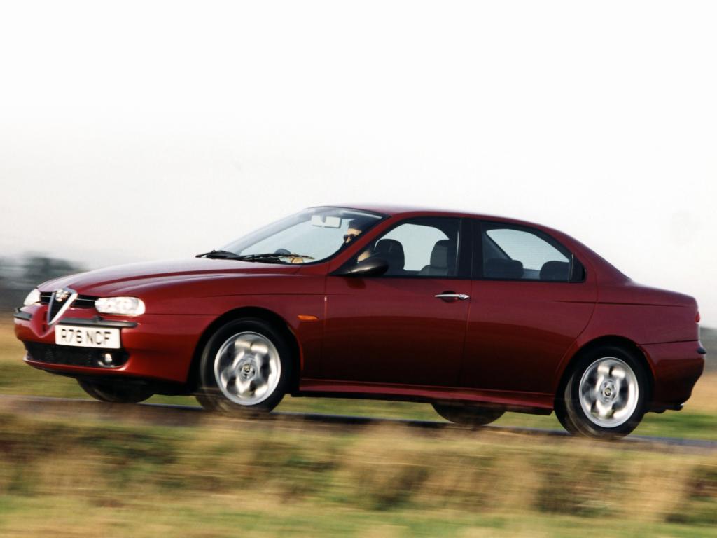 Snygga Alfa 156 ersatte den olyckligare 155:an 1997, sålde som smör!