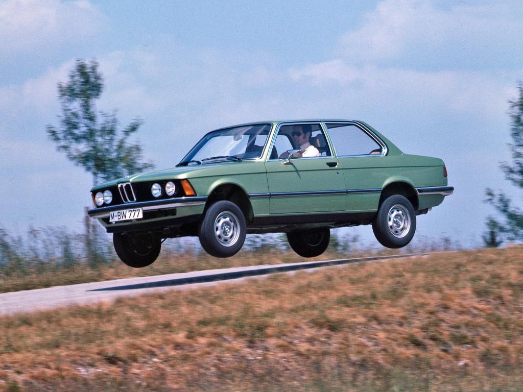 BMW E21 320i (2)