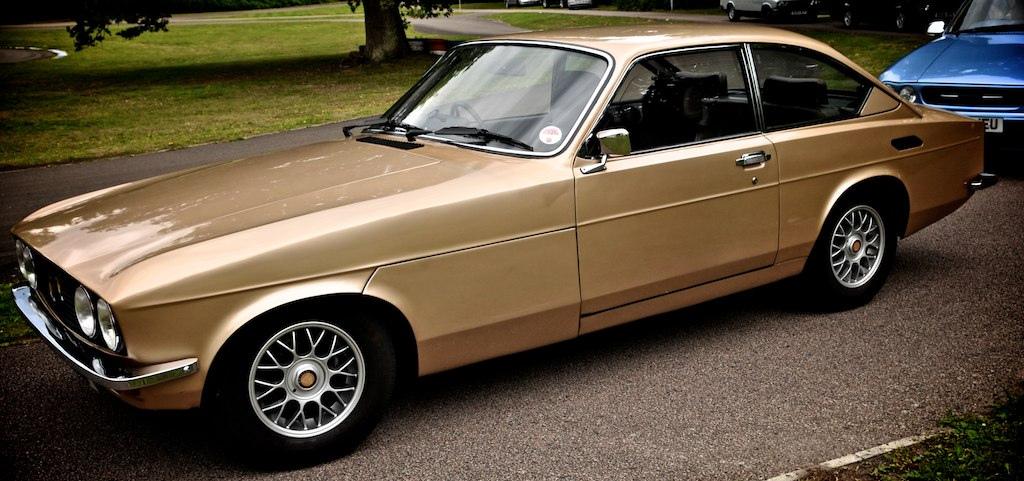Bristol 603 ersatte 411 som tillverkats sedan 1961 (under olika namn). 603 tillverkades 1976-82 då den ersattes av Britannia, som var samma bil med smärre uppdateringar. Reservhjulet under framskärmen!