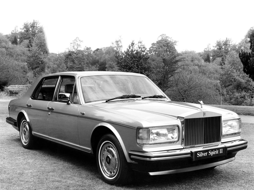 Rolls Royce Silver Spirit och dess Bentley-derivat tillverkades 1980-98.