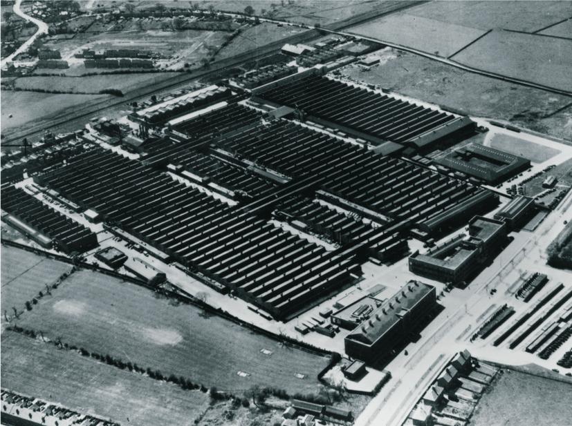 Rolls Royce-fabriken i nordengelska Crewe byggde flygmotorer åt Spitfire-planen under andra världskriget. Efter kriget flyttades all biltillverkning hit.